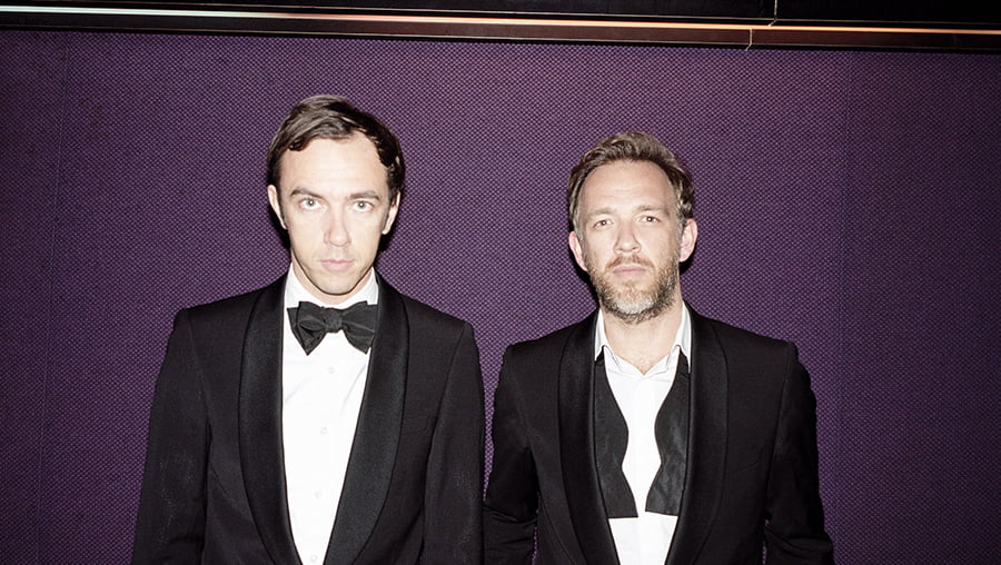 INDEPENDENT feat.2manydjs