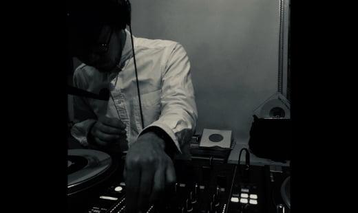 DJ SHIN